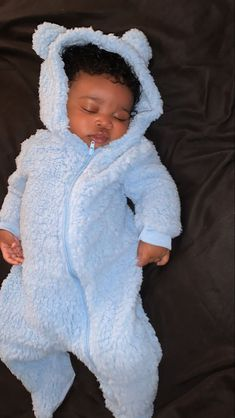 Ro on cute black babies on cutest ever happysunday babygap cute blackbabies black baby blackbaby africanbaby african africa Cute Baby Boy, Cute Little Baby, Pretty Baby, Cute Baby Clothes, Cute Mixed Babies, Cute Black Babies, Beautiful Black Babies, Cute Babies, Mixed Baby Boy