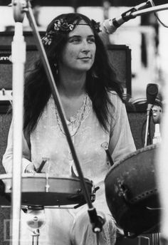 christina mc kechnie at woodstock (the incredible string band)