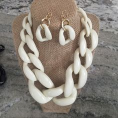 CHUNKY LINK NECKLACE SET Ivory Bold Link Necklace Set. HOT This Fall! Jewelry Necklaces