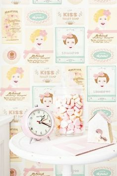 My sweet soap wallpaper | Products | Studio ditte