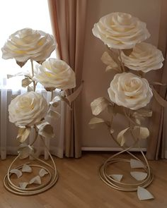 White isolon izolon material for creating wedding decorations flower walls of arches from large Paper Flower Centerpieces, Paper Flowers Craft, Large Paper Flowers, Paper Flower Backdrop, Giant Paper Flowers, Big Flowers, Paper Roses, Flower Crafts, Flower Paper