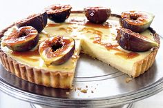 Lime & cardamom tart with toffee figs.. this looks so good.. Honey drizzled figs add a touch of elegance to this already delicious lime and cardamom tart.