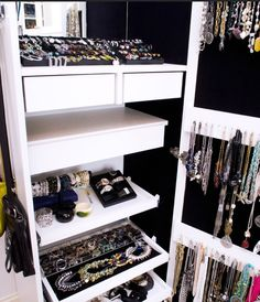 I want one of these - Jewelry Storage