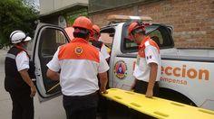Unidad Estatal de Protección Civil Durango durante entrenamiento, utilizando una camilla rígida BaseBoard de Iron Duck.  EMS México   Equipando a los Profesionales