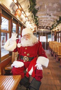 Professioneller Weihnachtsmannanzug im Cola-Stil Green Christmas, Santa Christmas, Christmas Themes, Xmas, Christmas Shots, Christmas Program, Christmas Countdown, Christmas Colors, Christmas Stuff