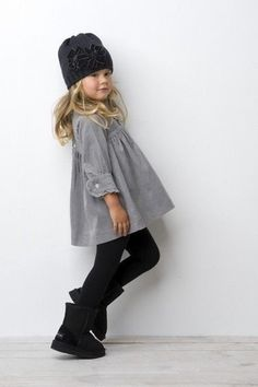 04 black leggings, a grey dress and black boots with a knit hat - Styleoholic - My favorite children's fashion list Little Girl Outfits, Cute Outfits For Kids, Little Girl Fashion, Fashion Kids, Toddler Fashion, Look Fashion, Fall Fashion, Outfits Niños, Fall Outfits