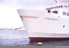 "MS ""Tungenes"" legger til kais. MS ""Haugesund"" i bakgrunnen. Stavanger, Johannes, Maritime Museum, Opera House, Kai, Travel, Historia, Viajes, Destinations"