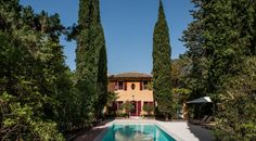 Independence and privacy – a Villa with pool including all the hotel comforts. Private Garden, Private Pool, Villa, Cozy Backyard, Glazed Tiles, Window Shutters, Local Attractions, Garden Photos, Common Area