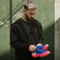 adidas Launches the Blue Blast Messi 16 Cleats - Adidas Football, Football Boots, Football Soccer, Football Players, Messi 10, Lionel Messi, Messi Boots, New Blue, Cleats