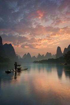 Li River at sunrise / China