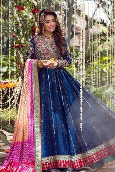Pakistani Fashion Party Wear, Pakistani Bridal Dresses, Indian Fashion Dresses, Pakistani Dress Design, Pakistani Frocks, Pakistani Mehndi Dress, Bridal Lehenga, Dress Fashion, Women's Fashion