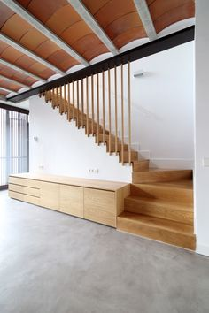 Image 4 of 28 from gallery of House in El Priorat / espairoux arquitectura. Photograph by Jordi Mestrich Roof Ceiling, Stair Handrail, Stairway To Heaven, Stairways, Feng Shui, Palazzo, Stair Design, Lobby Design, Flooring