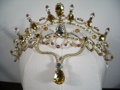 """This headpiece is a little hand-made masterpiece! Suitable for any 'Oriental"""" role, it can be worn for the ballet """"Le Corsaire"""", either by Medora, Gulnara or the Odalisques. It can be used for """"la Bay"""