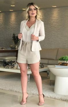 47 catchy spring outfits ideas you should try now 00055 ~ Unique Ideas Classy Outfits, Cool Outfits, Casual Outfits, Fashion Outfits, Womens Fashion, Look Blazer, Blazer And Shorts, Short Outfits, Spring Outfits
