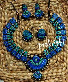 prakrithi terracotta jewellery designs - Google Search Funky Jewelry, Diy Jewelry, Jewelery, Jewelry Design, Jewelry Making, Terracotta Jewellery Designs, Terracota Jewellery, Air Dry Clay, Cold Porcelain