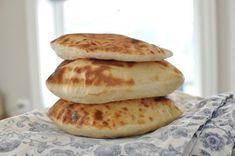 nanbrød Food And Drink, Baking, Breakfast, Recipes, Morning Coffee, Bakken, Ripped Recipes, Backen