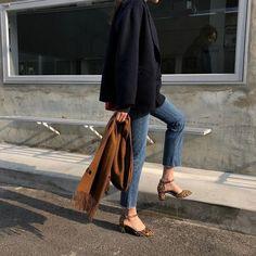 m File denim+ blazer+ leopard heels