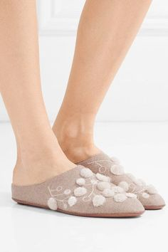 Slight heel Taupe cashmere Slip on Made in ItalySmall to size. See Size & Fit notes.