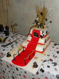 Hollywood themed cake for a sweet sixteen!    http://www.facebook.com/pages/Memory-Lane/128261453884878