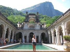 Rio de Janeiro is a large metropolis in the country of Brazil with a number of interesting things to do. Contrary to popular belief, Rio is also an affordable city to visit if you are on a budget. If you are