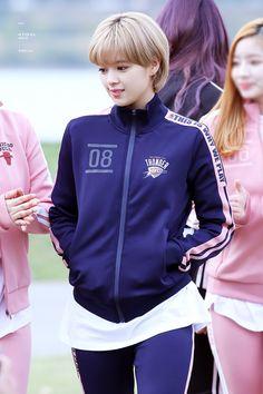jeongyeon smiling (@jeongyesmile) | ทวิตเตอร์