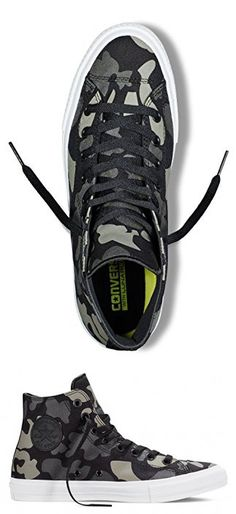3b15e6e91c03f Converse Unisex Chuck Taylor All Star II Reflective Camo Hi Top Sneaker (7  Men Women 9