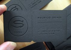 These laser cut business cards were created for Mauricio Cremer, the laser cat was done with BBIITT.