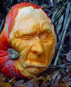 carved pumpkins by ray villafane... wow!