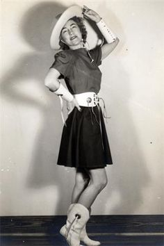 Gussie Nell Davis, founder of drill team <3