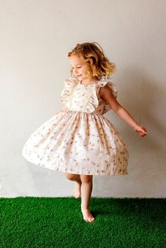 boho style twirly dress for the boho child. // kids fashion for spring and summer.