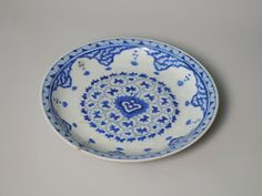 Plate with a Low Foot, 18th century. Ceramic, 1 5/8 x 9 9/16 in. (4.2 x 24.3 cm). Brooklyn Museum, Museum Collection Fund, 06.18. Creative Commons-BY (Photo: Brooklyn Museum, CUR.06.18_interior.jpg)