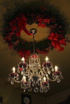 A Christmas Wreath as a Ceiling Medallion for your Chandelier::Brilliant!