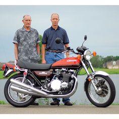 Gary Vailes' 1973 Kawasaki Z1 - Classic Japanese Motorcycles - Motorcycle Classics Triumph Motorcycles, Custom Motorcycles, Custom Bikes, Indian Motorcycles, Bobber Motorcycle, Motorcycle Style, Motorcycle Quotes, Kawasaki Bikes, Dirt Bike Girl