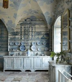 Design Dictionary: The porcelain room at Tureholm Castle in Sweden is example of chinoiserie and Gustavian style Swedish Decor, Swedish Style, Swedish Design, Scandinavian Design, Chinoiserie, Home Interior, Interior And Exterior, Swedish Interiors, Vibeke Design