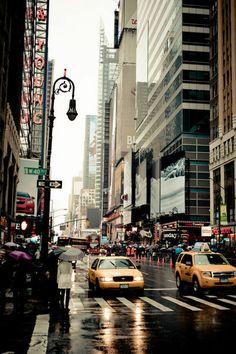 Manhattan Rain by Florian Müller