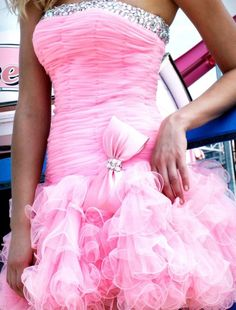 girl cute fashion Glitter dress sparkly pink bow silver barbie fabulous glam pink dress sherri hill pink bow