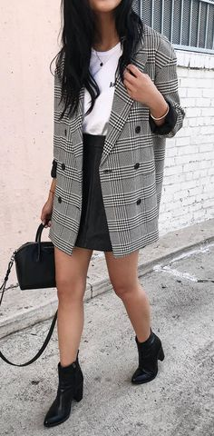 trendy fall outfit / plaid blazer + top + bag + black skirt + boots