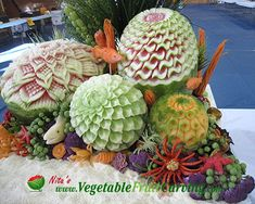 Under Sea Garden - Nita's first prize winning entry at a professional vegetable and fruit carving competition.