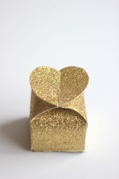 The House That Lars Built.: How to make glitter Valentine's heart boxes