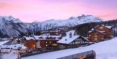 Courchevel bietet die perfekte Mischung aus Schnee und einem abwechslungsreichen Gelände!  Mit Voyage Privé verbringst du 2 bis 7 Nächte im Hotel Courcheneige. Im Preis ab 241.- ist das Frühstück inbegriffen.  Buche hier deine Ferien: https://www.ich-brauche-ferien.ch/ferien-in-courchevel-fuer-nur-241/