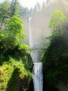 I'd love to visit this waterfall someday!