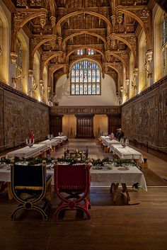 Great Hall, Hampton Court Palace Henry VIII's banqueting hall, covered in original tapestries.