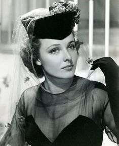 cinematicfinatic Hollywood Lights, Hollywood Cinema, Old Hollywood Glamour, Golden Age Of Hollywood, Hollywood Stars, Classic Hollywood, Laraine Day, Fancy Hats, Classic Actresses