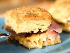Buttermilk Biscuits - Bobby Flay, Brunch At Bobbys on the Food Network and the Cooking Channel. Brunch Recipes, Breakfast Recipes, Breakfast Dishes, Recipes Dinner, Breakfast Ideas, Gourmet Breakfast, Dessert Recipes, Desserts, Food Network Recipes