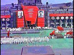 Самое грандиозное зрелище времен СССР - парад физкультурников . Москва, ...
