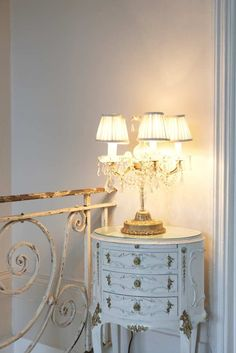 Lee Caroline - A World of Inspiration: Romantic Interior with French Flair