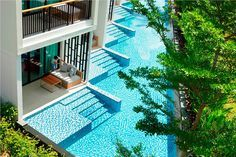 Now that's what I call a pool room! (Holiday Inn Resort Phuket Maiko Beach)