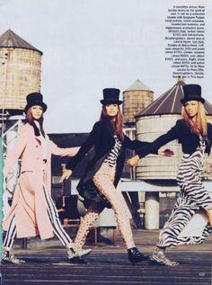 "alcollins: "" Patricia Hartmann, Tyra Banks, Beverly Peele, Claudia Mason & Susan Holmes 1992 09 Vogue Us Ph. 90s Fashion, Fashion Models, High Fashion, Runway Fashion, Stephanie Roberts, Susan Holmes, Beverly Peele, Original Supermodels, 90s Models"