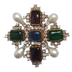 CHANEL Vintage Cross brooch  Gold plated metal, Glass - Made by Gripoix - Circa 2000        8 x 8.5 cm