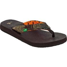 K seriously, these are the most comfortable sandals ever! I have 2 pair in black!! Sanuk Women's Yoga Mat Mossy Oak Camo Sandals